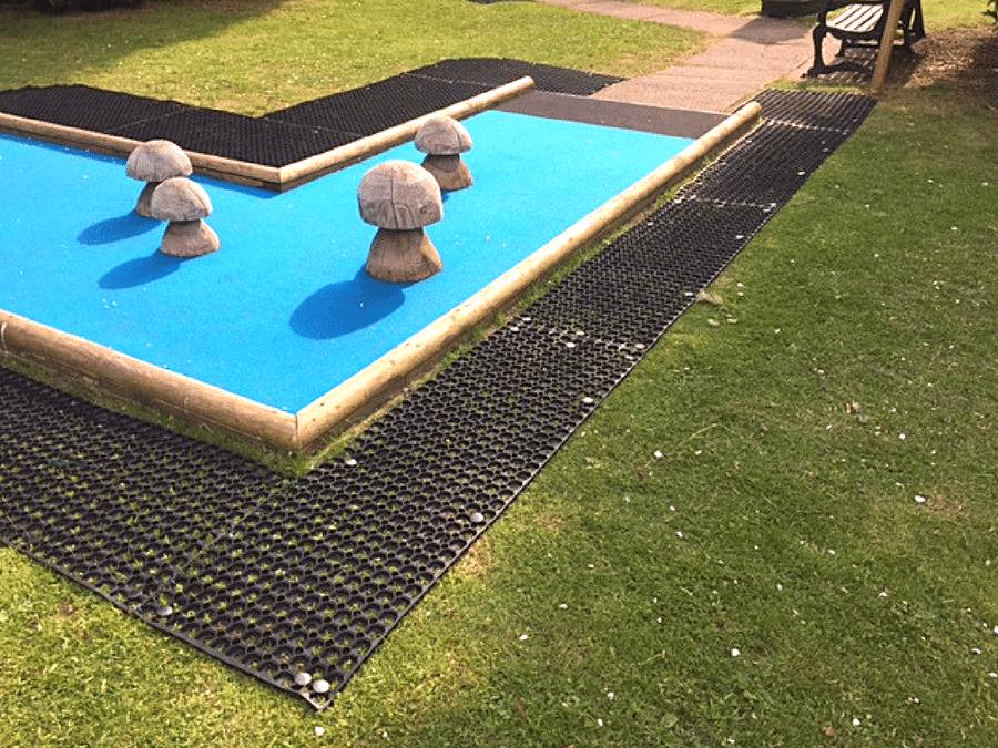 Rubber Grass Mats Inverness Crazy Golf Featured Image