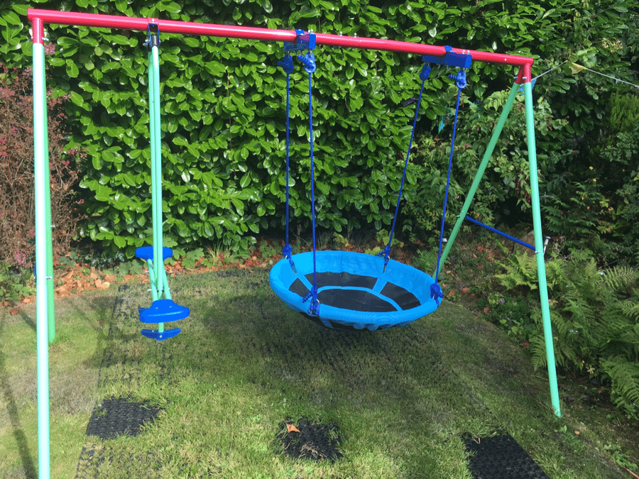 Rubber Grass Mats Under Play Area Featured Image
